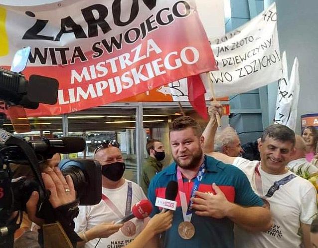 Spotkanie z mistrzem olimpijskim w Żarowie [FOTO]