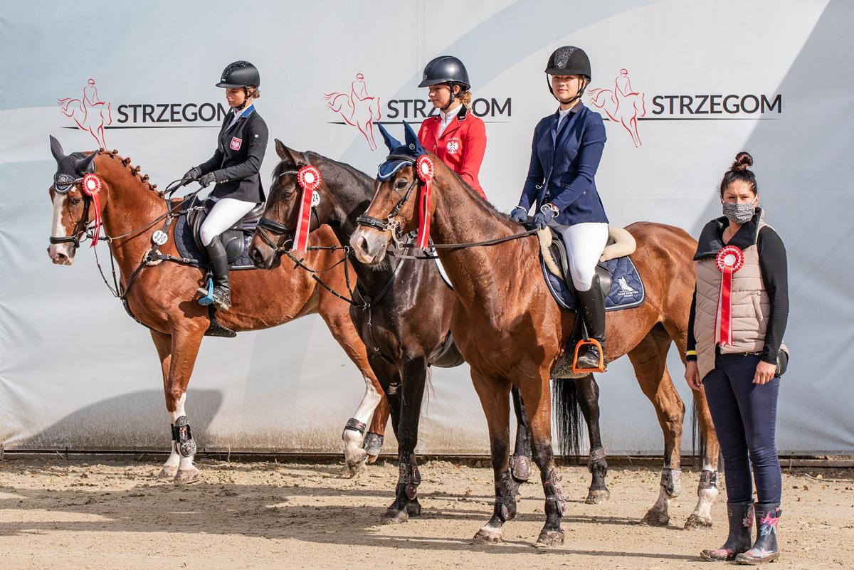 Niemka wygrywa czterogwiazdkowy konkurs w Strzegomiu, Polki na podium [FOTO]