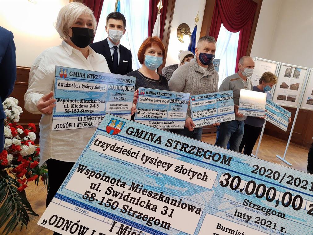 Gmina Strzegom nagrodziła mieszkańców kwotą 372 tys. zł. [FOTO]